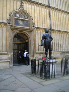 Entrance to Duke Humfrey's Library reading rooms to examine the basemaps.